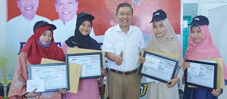 prestasi-mahasiswa-uma-juara-puisi